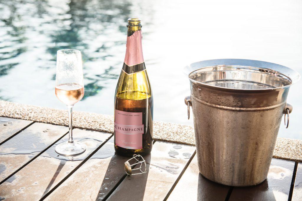 wino musujące i cooler do wina