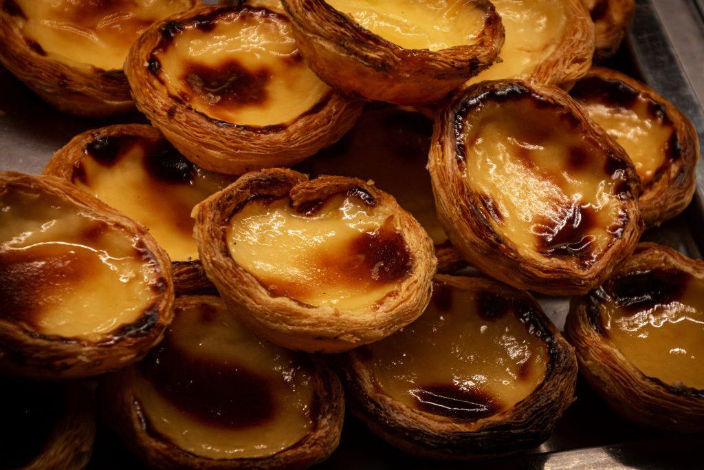 portugalskie ciasteczka z masą budyniową fot. Magda Ehlers pexels